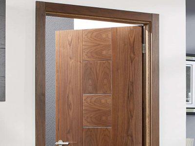 harga-kusen-pintu-kayu-1
